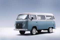 VW T2 - wersja z silnikiem chłodzonym cieczą, produkowana w Brazylii do 2013 roku.
