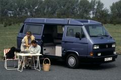 Prostokątne reflektory dostępne były za dopłatą lub w topowych wersjach wyposażenia (np. Blue Star). Fot. Volkswagen