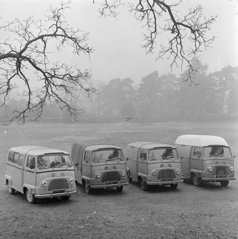 Renault Estafette -pierwsze wersje
